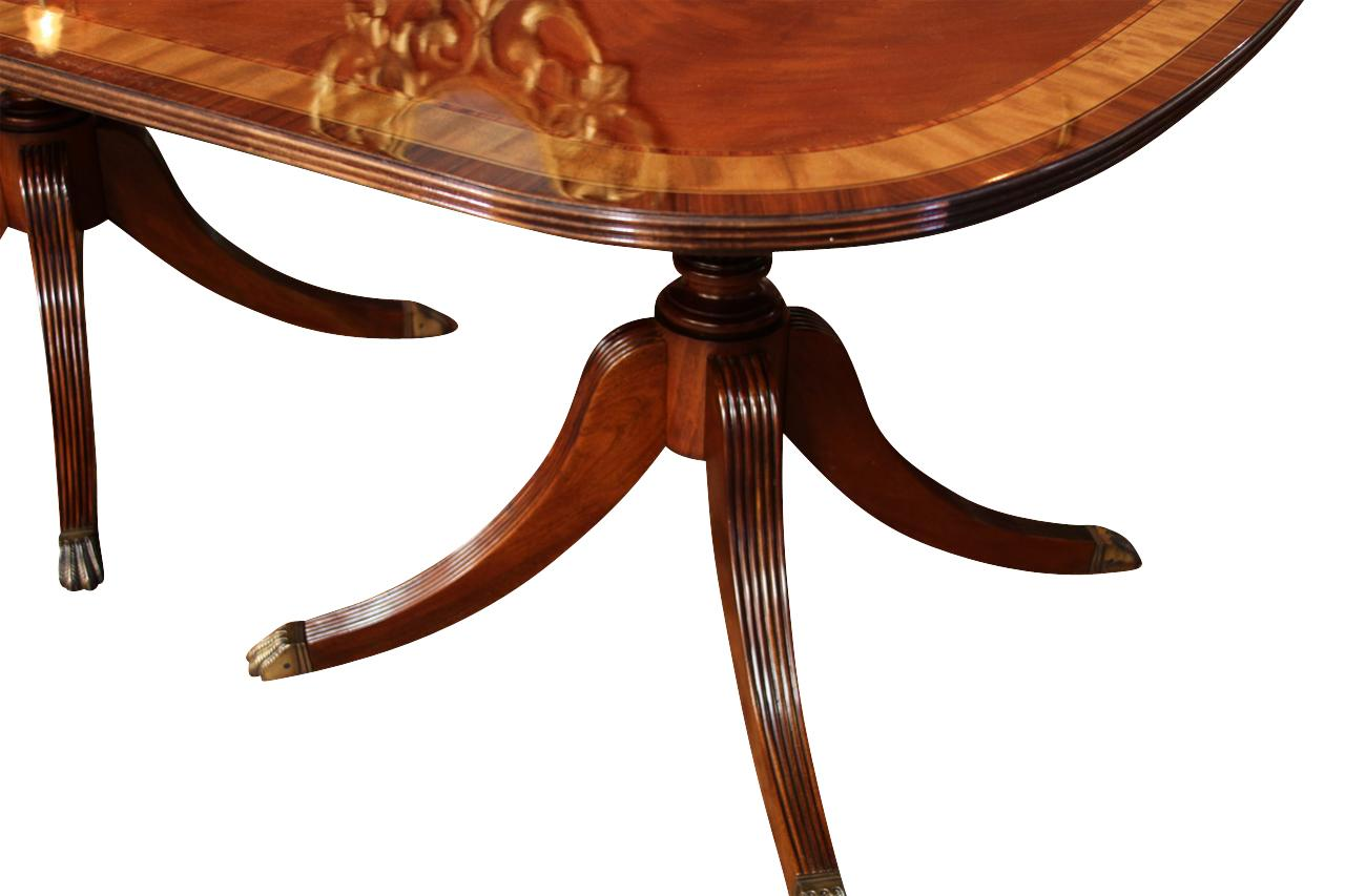 Fine American Finished Mahogany Dining Table Seats 14 People