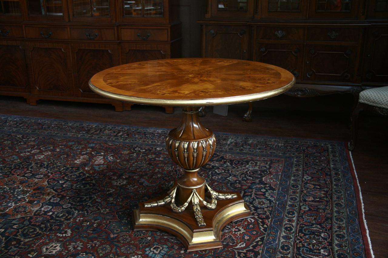 40 round gold leaf accented pedestal dining table antique reproduction table ebay. Black Bedroom Furniture Sets. Home Design Ideas