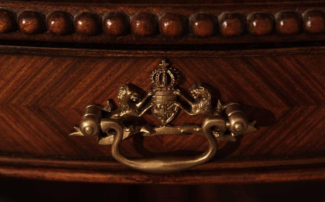 Theodore Alexander 48 Inch Round Mahogany Table Al54014