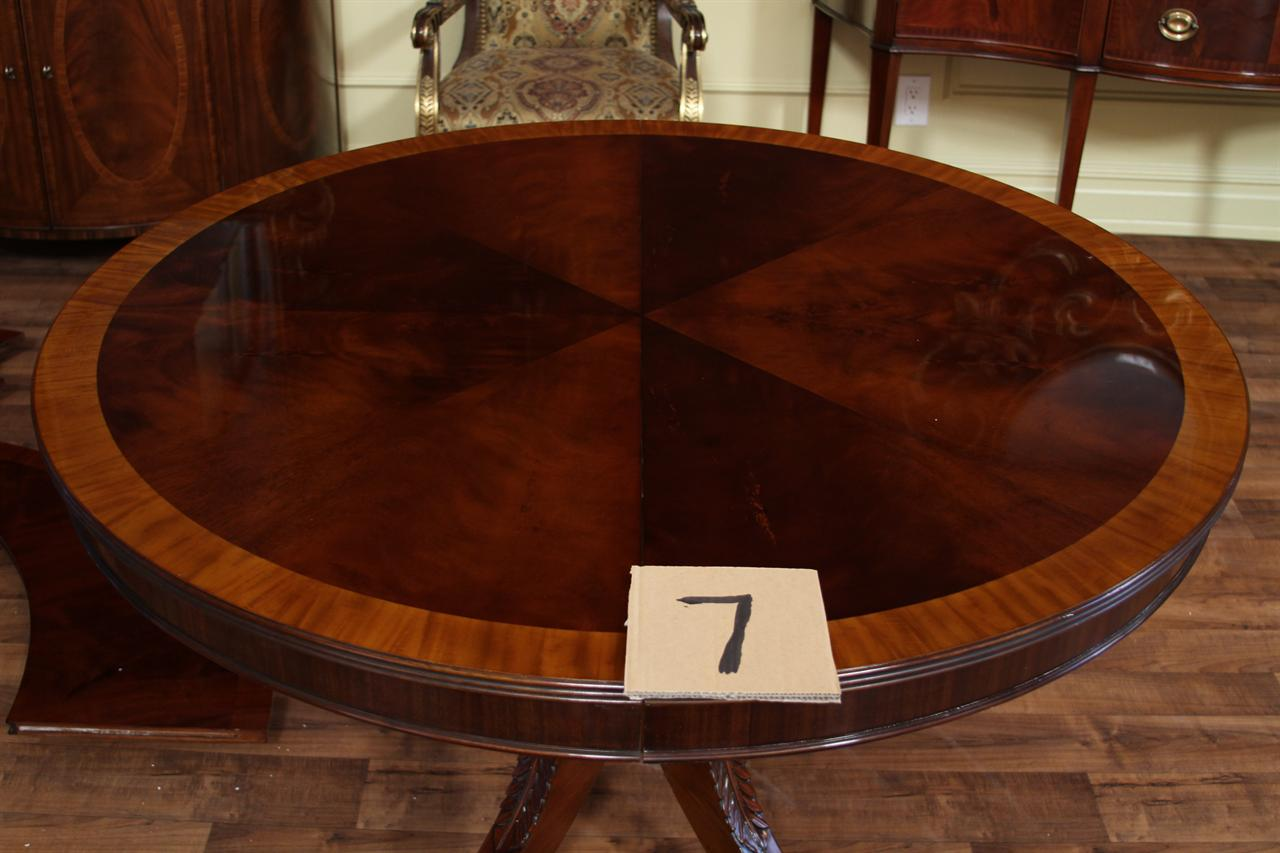 High End Mahogany Dining Table In A Walnut Finish To - Round pedestal dining table set with leaf