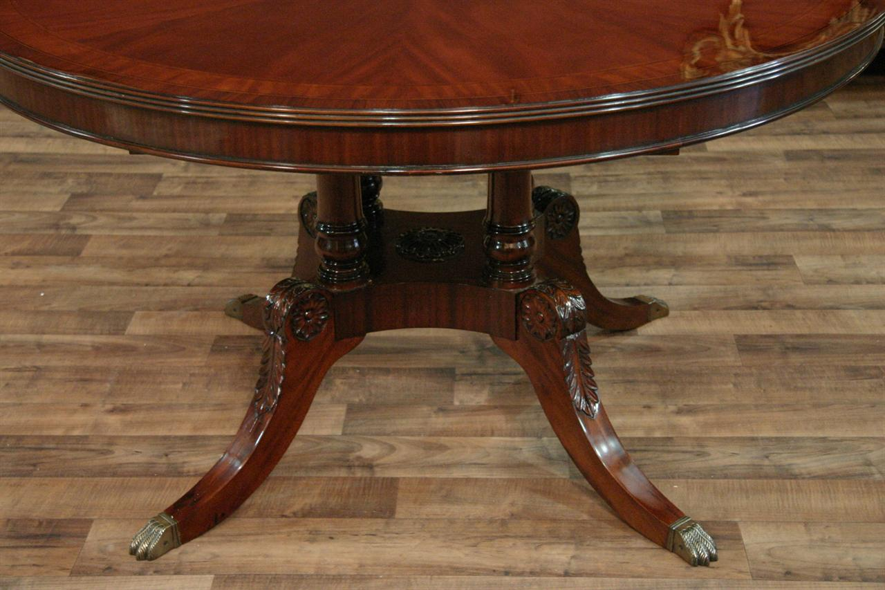 Details about 54 Round to Oval Mahogany Dining Table with Leaves