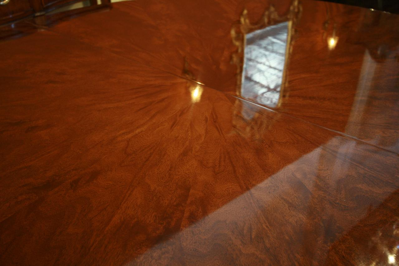 Expandable Round to Oval Mahogany Dining Table Round Dining Room