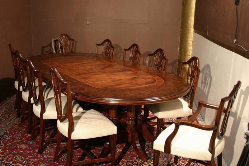 Stunning oval dining room table gallery for Oval dining room table