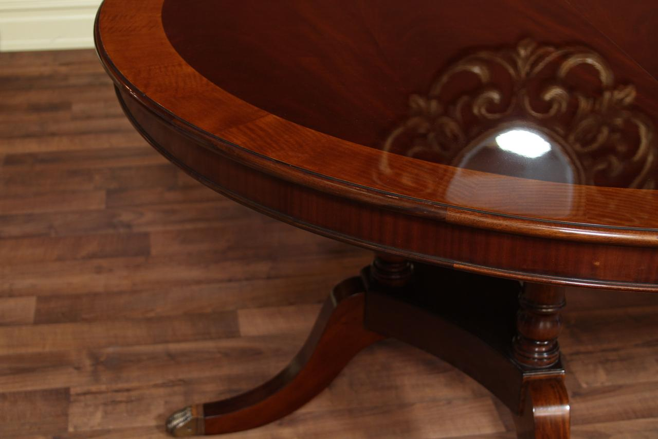 Round oval dining