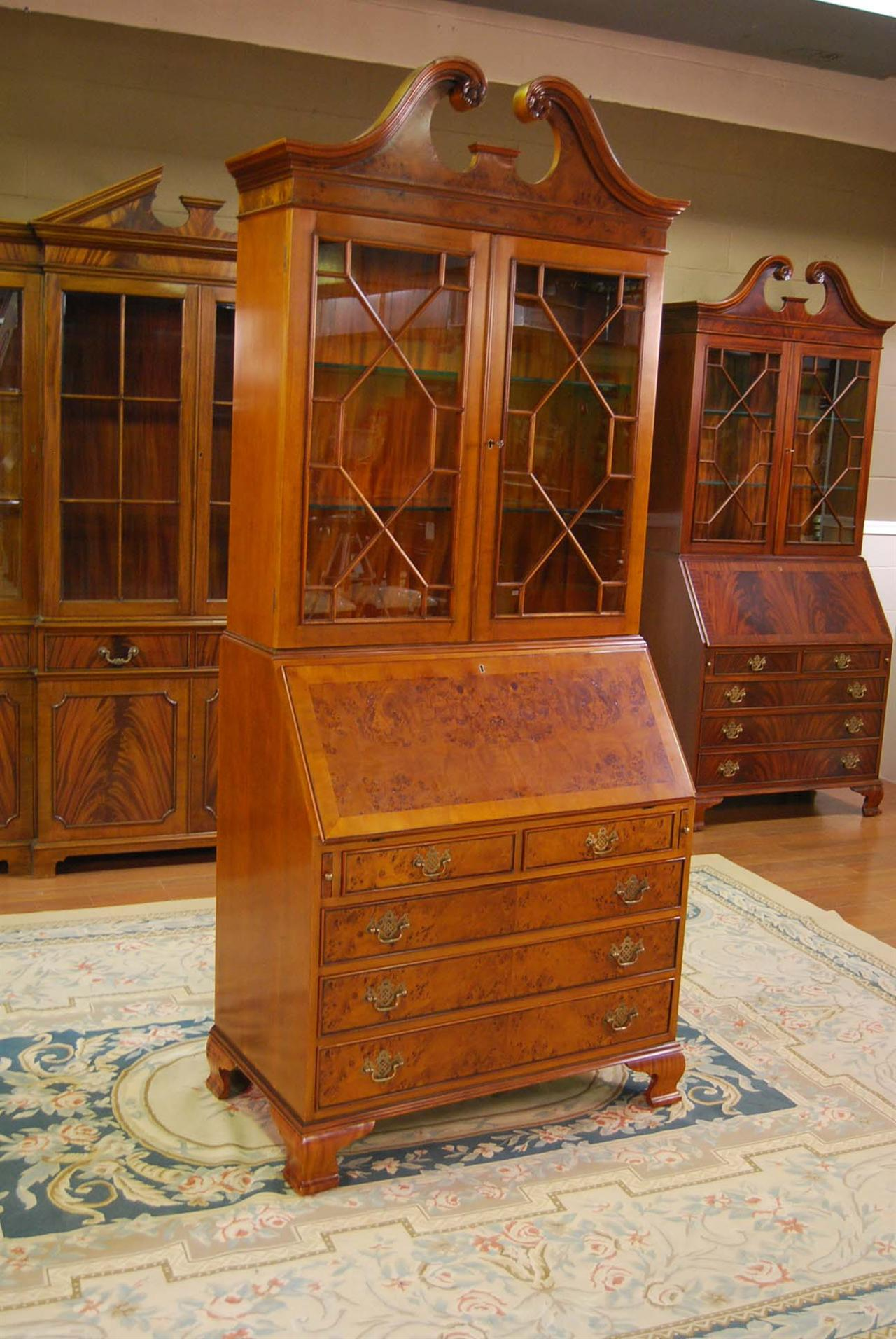 Burled Secretary Desk W Top Item K Nof 054