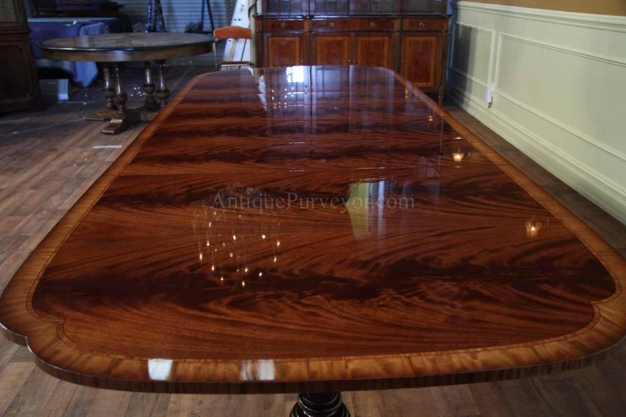 Brilliant American made flame mahogany scallop corner dining table 1280 x 853 · 89 kB · jpeg