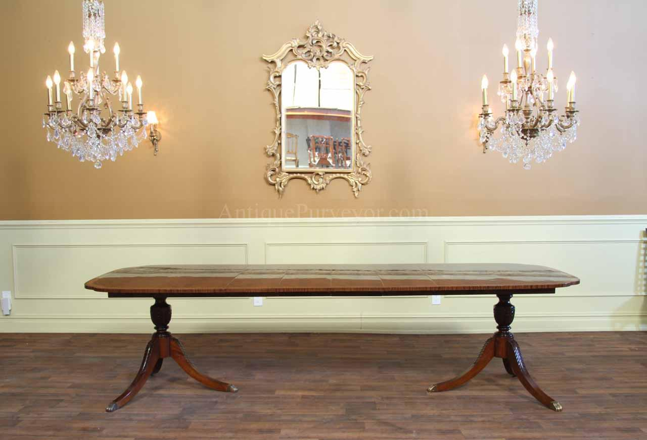 Duncan Phyfe Dining Table With 4 Leaves Opens To 120 Inches