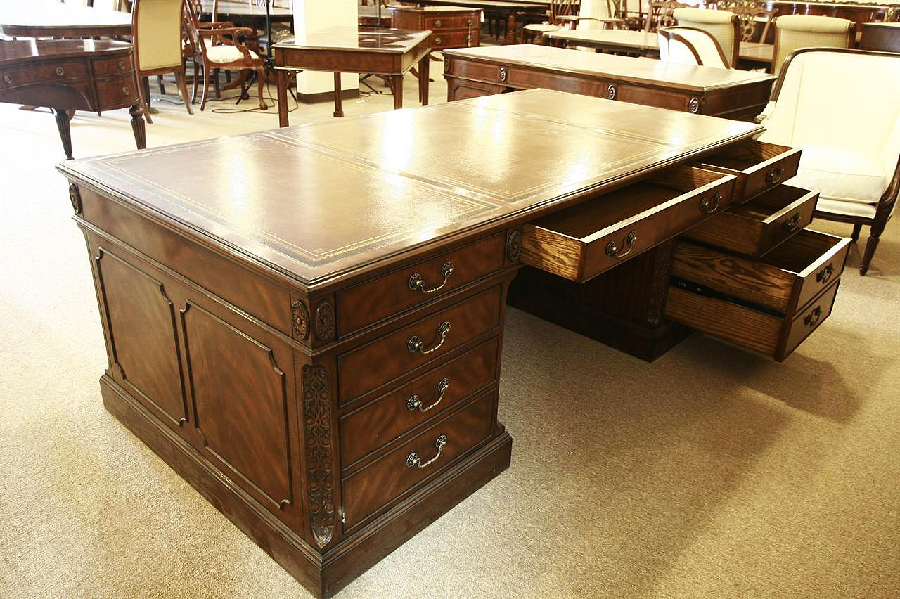 Office Furniture: High End Executive Leather Top Desk, Mahogany Desk