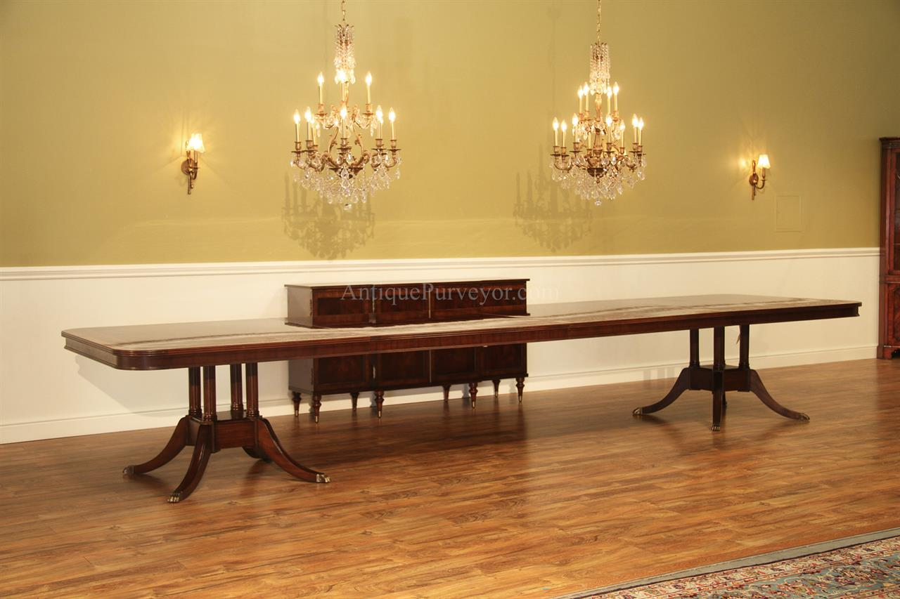 extra long 16 foot triple pedestal mahogany dining table w 2 large leaves ebay. Black Bedroom Furniture Sets. Home Design Ideas