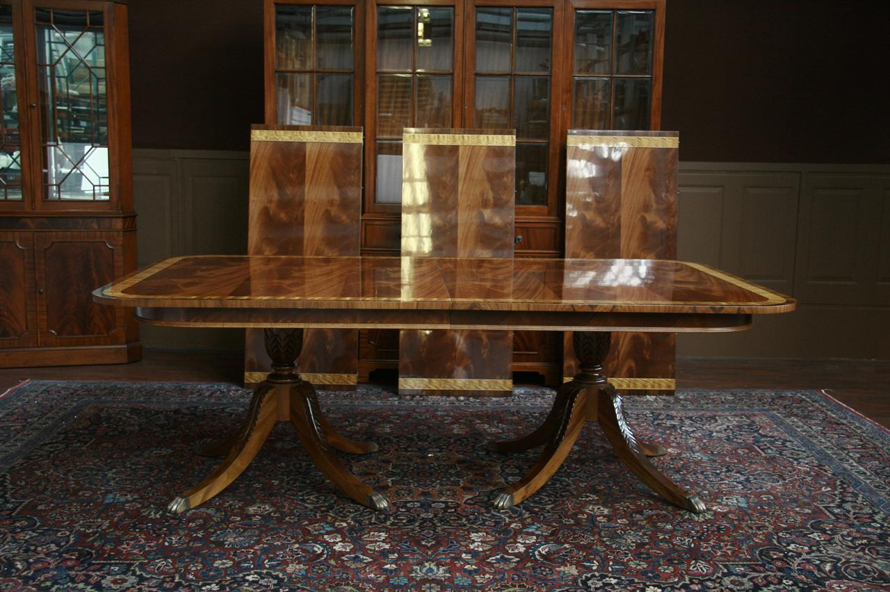 extra large and wide dining room table aston ct antique reproduction table ebay. Black Bedroom Furniture Sets. Home Design Ideas