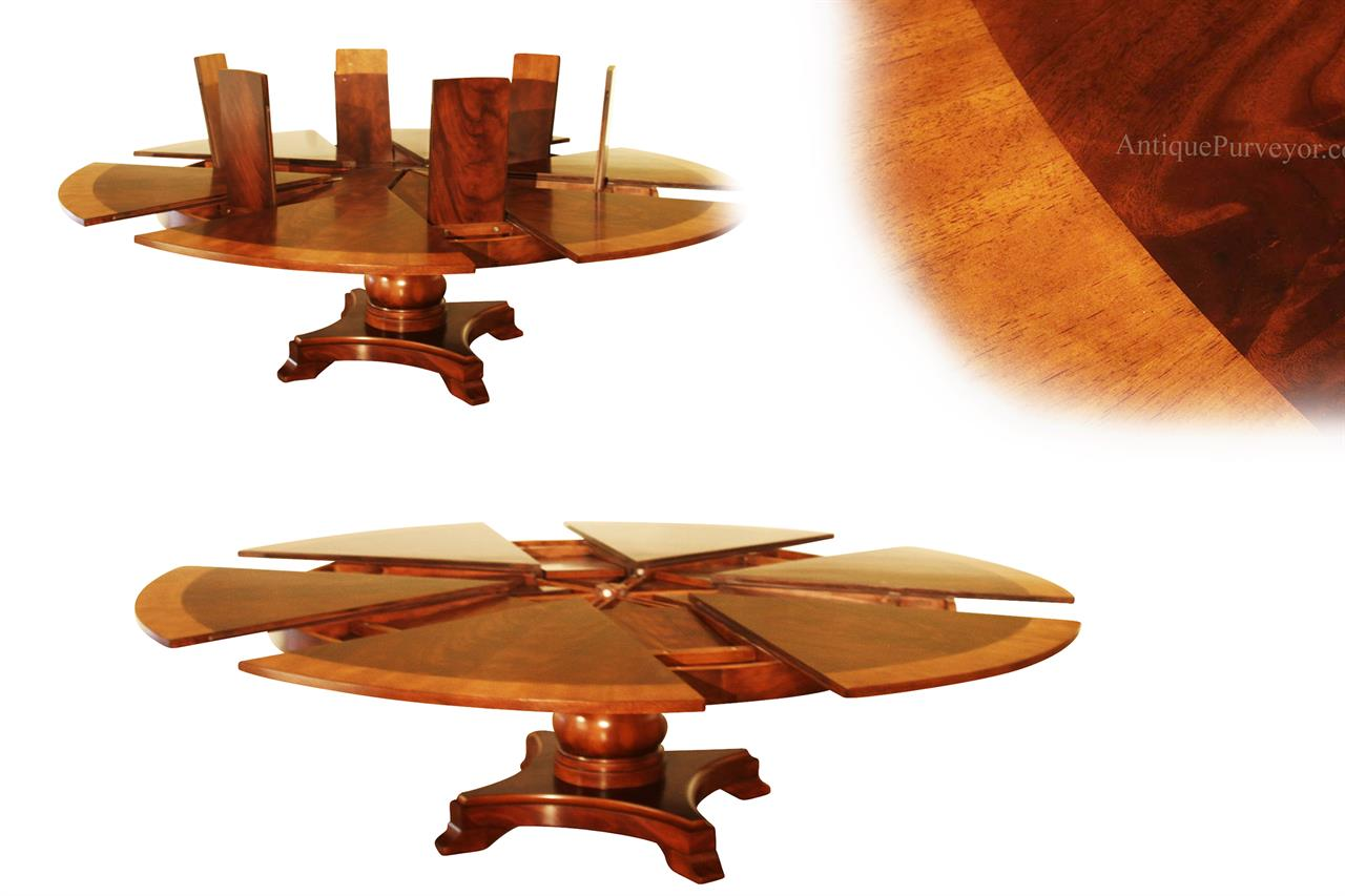 Extra Large Round Mahogany Jupe Table Seats 8   12 People, Expandable
