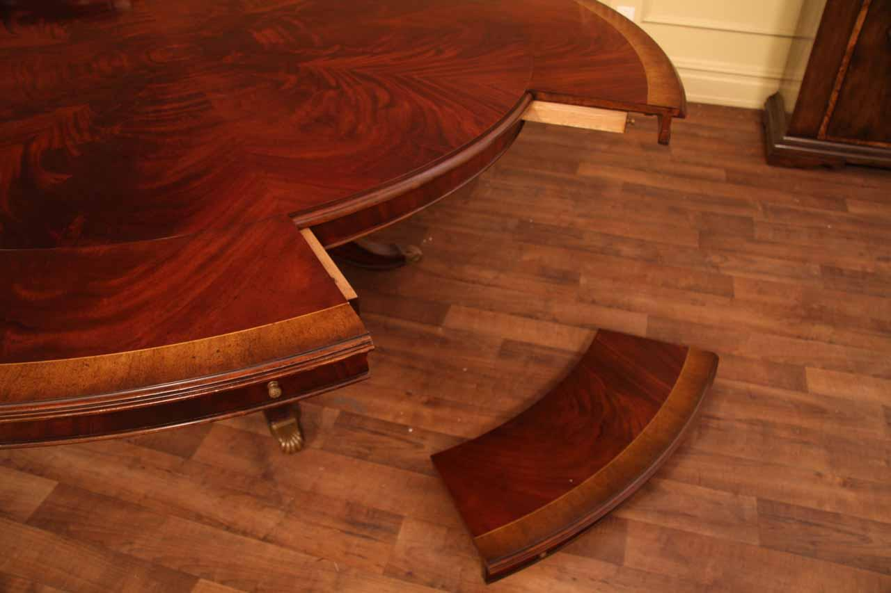 Extra Large Round Mahogany Dining Table Seats 6 To 12 People