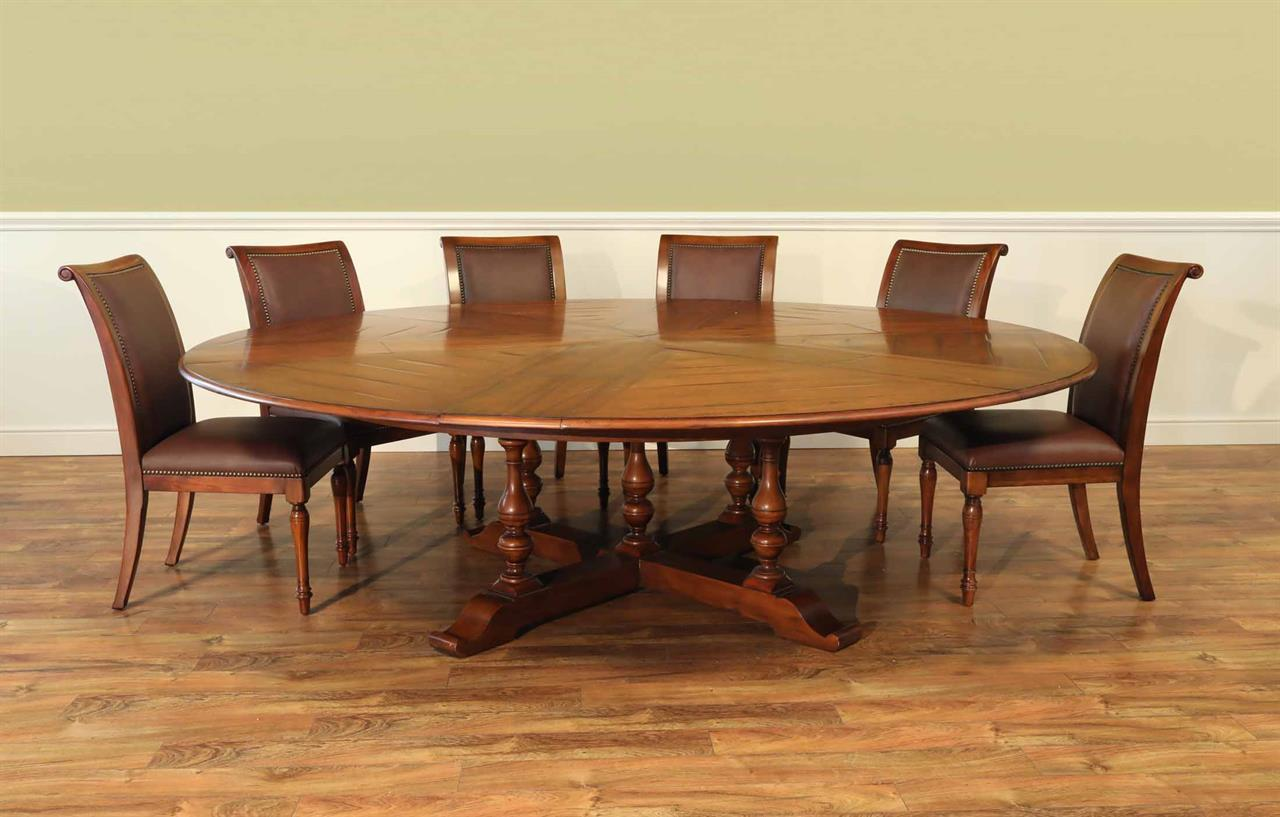 jupe table extra large round solid walnut round dining table. Black Bedroom Furniture Sets. Home Design Ideas