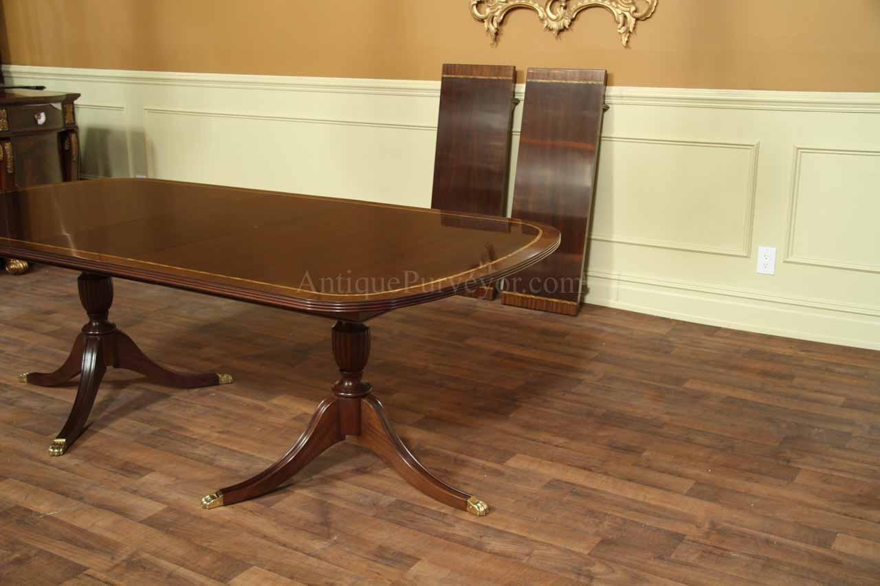 New american made mahogany dining table 18th century American classic furniture company