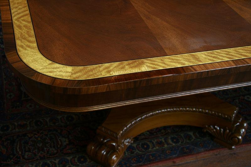 Amazing Henredon Aston Court Dining Table 800 x 532 · 51 kB · jpeg