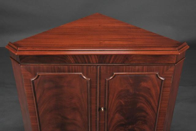 High End Mahogany Corner China Cabinet For Dining Room