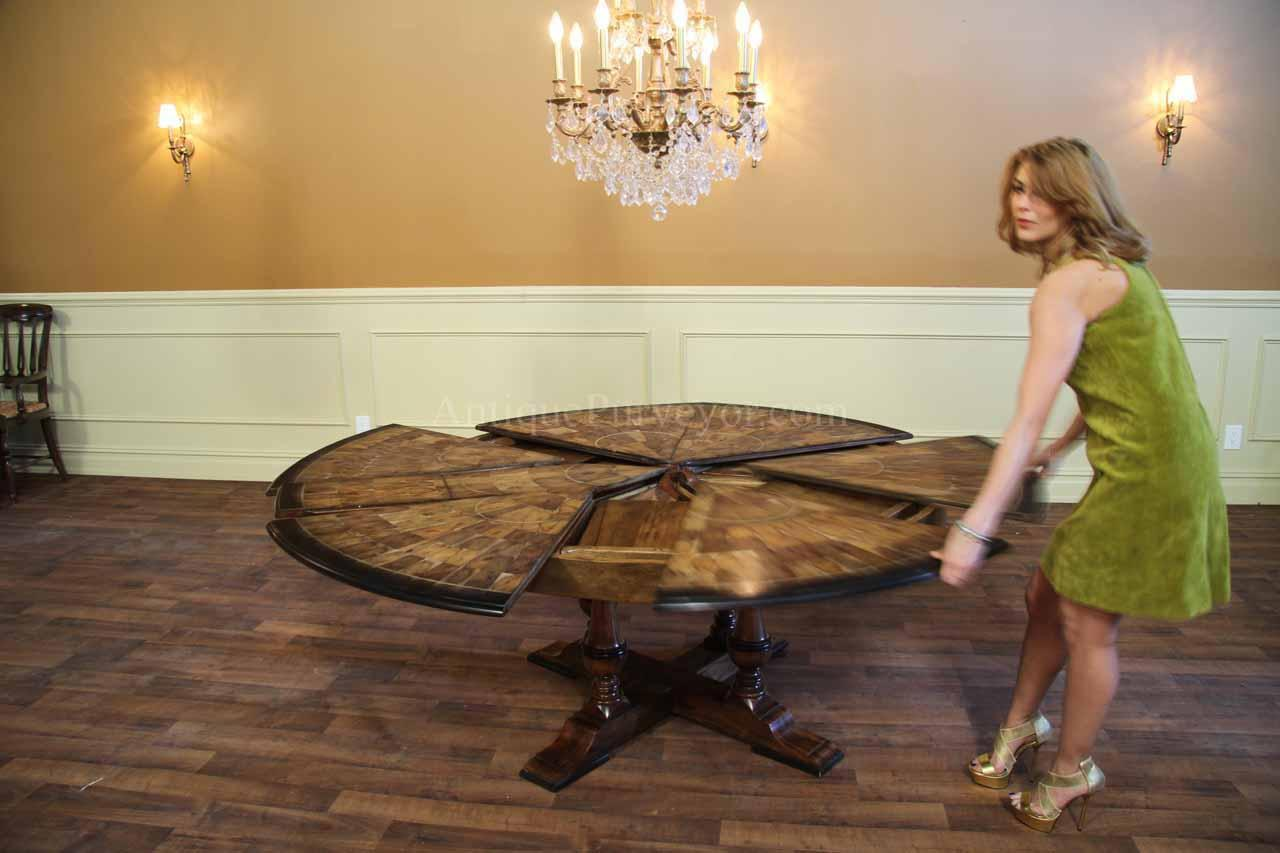 Large Round Walnut Dining Room Table with Leaves Seats 6  : jupe table large round walnut dining room table seats 6 10 people 10545 from www.ebay.com size 1280 x 853 jpeg 87kB