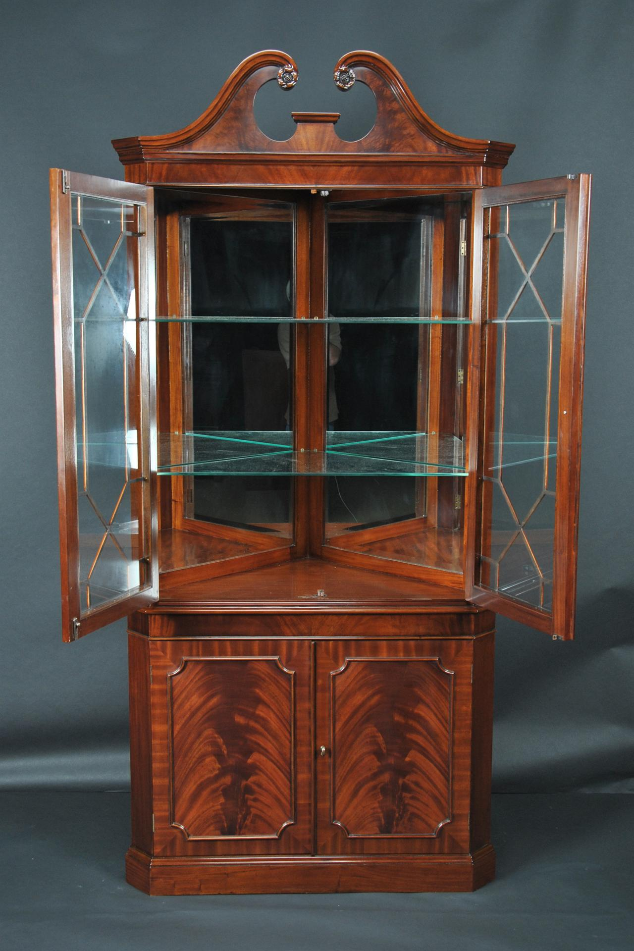 Mahogany corner cabinets shown in mahogany and walnut finishes & Mahogany Corner China Cabinet | Corner Hutch | Corner Curio