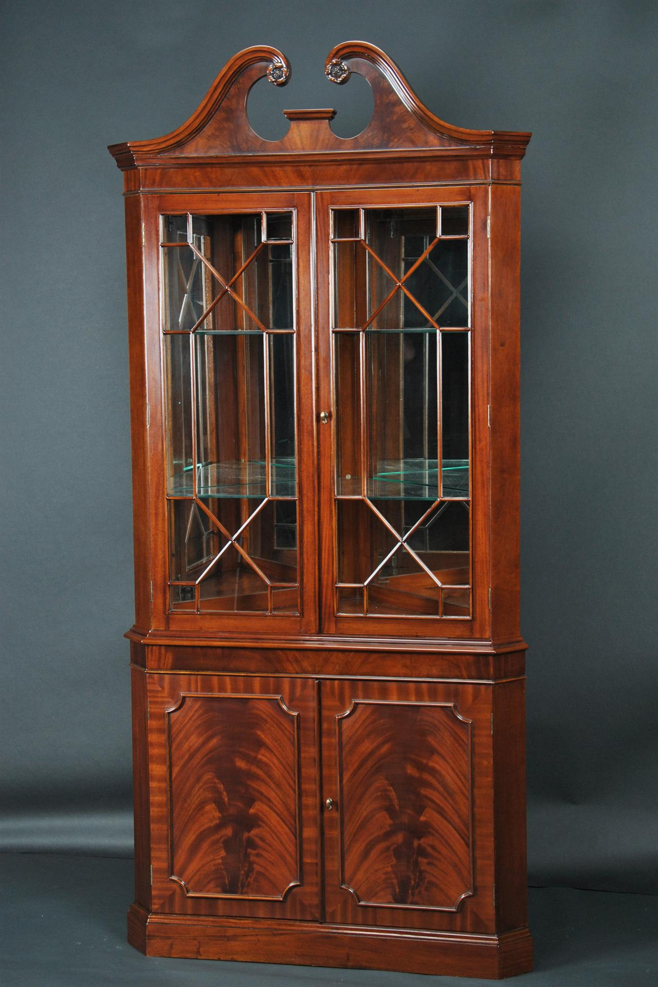 Mahogany corner china cabinet corner hutch corner curio for Dining cabinet furniture