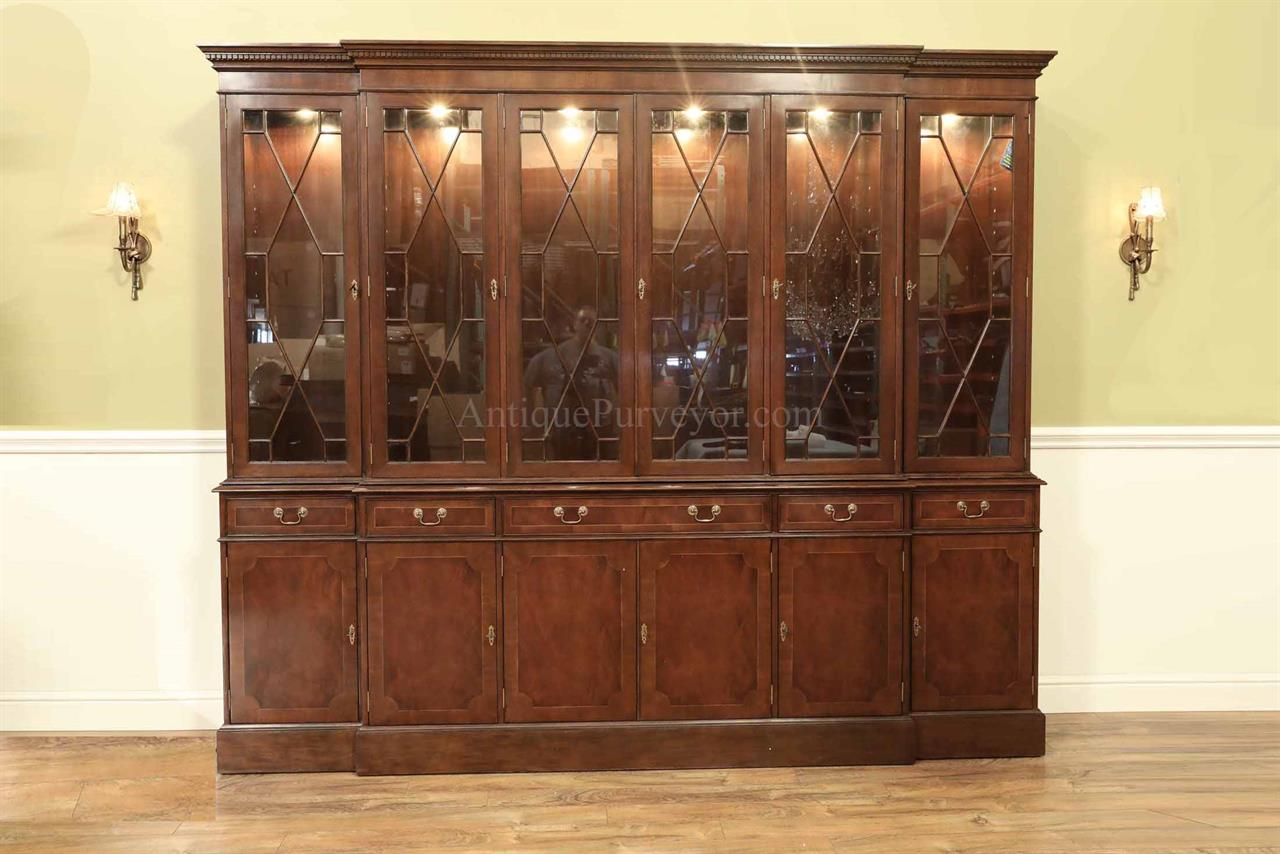 Large China Cabinet, Hutch or Breakfront.  9 Feet Long !