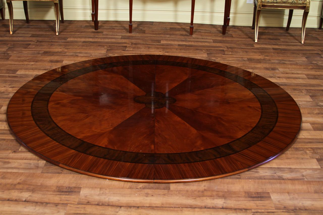 Stunning Large Round Dining Room Table 1280 x 853 · 124 kB · jpeg