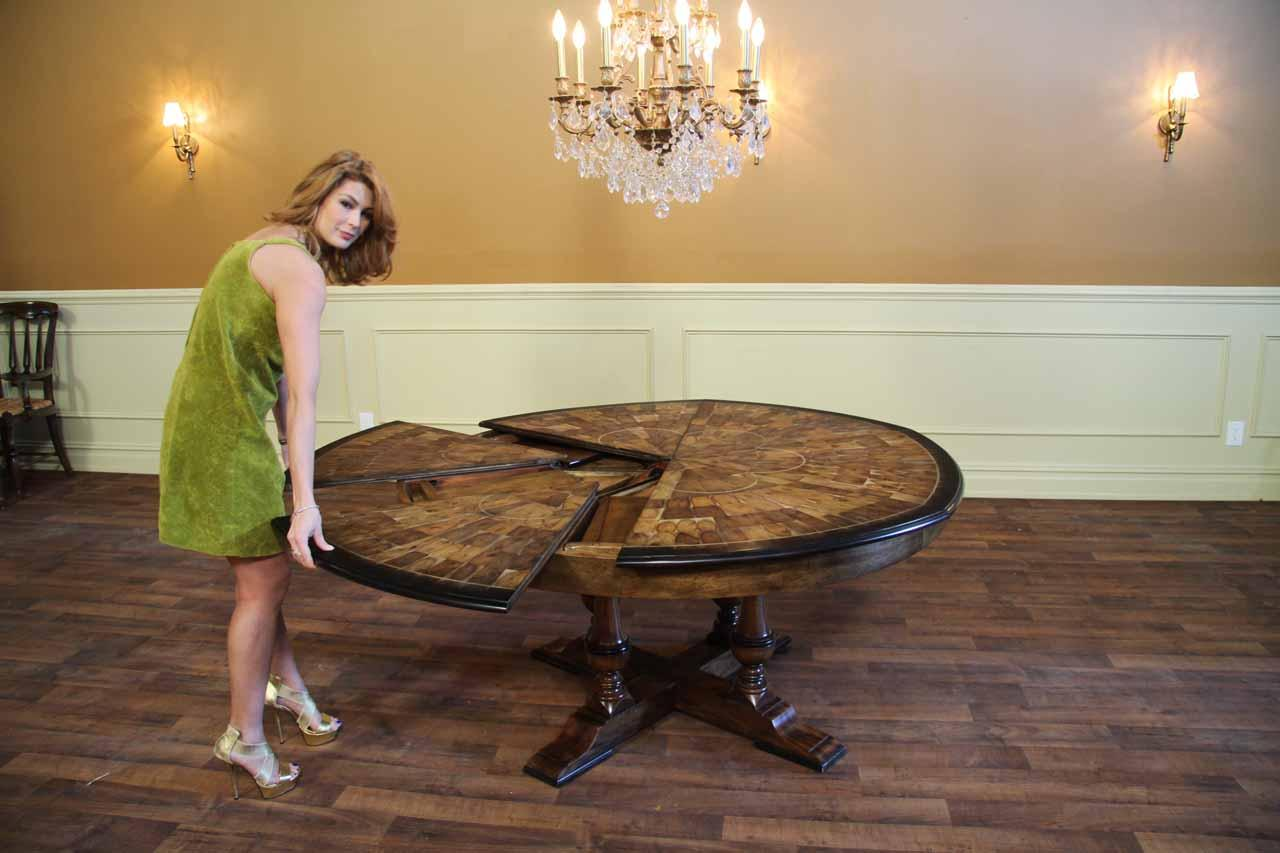Large Expandable Round To Solid Walnut Inlaid Jupe Table