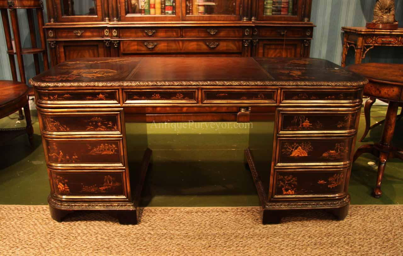 Beautifully detailed executive desk in the Chinoiserie style. - Victorian Leather Top Desk With Chinoiserie Gold Accented Finish