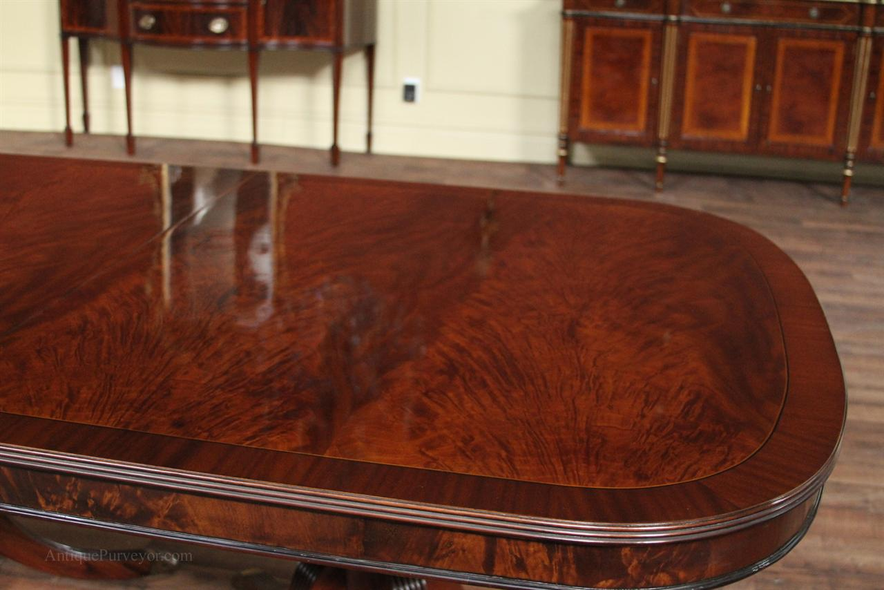 mahogany dining room table with duncan phyfe style