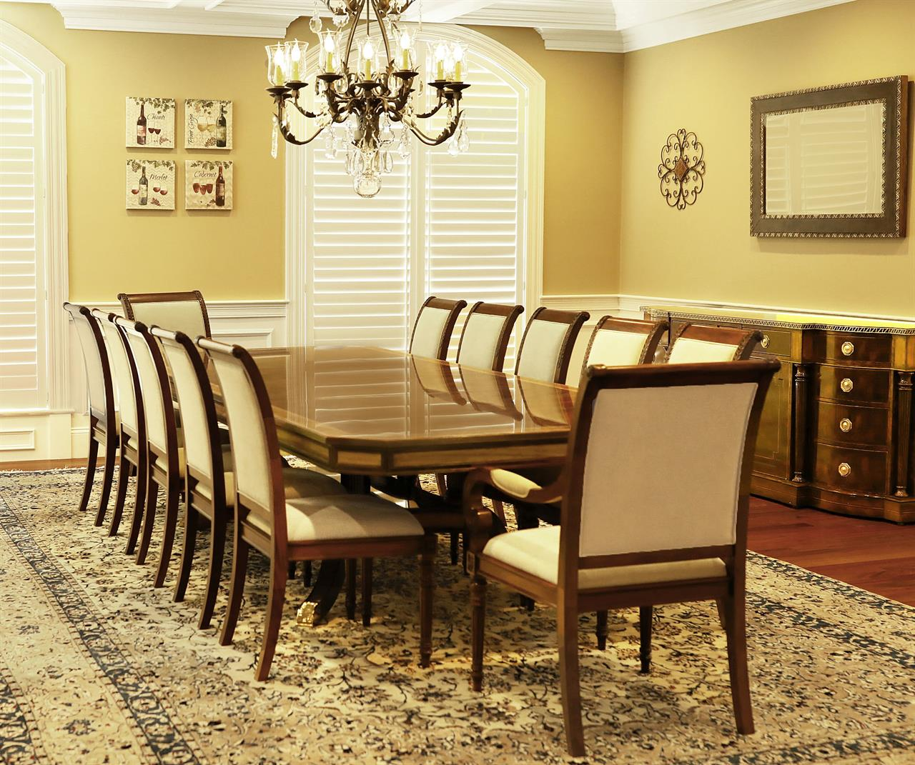 12 Foot Dining Room Tables: Large Mahogany Dining Table With Self Storing Leaves