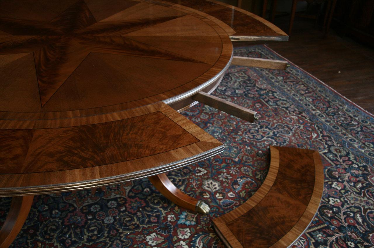 Large round mahogany dining table w leaves perimeter ebay for Large round dining table