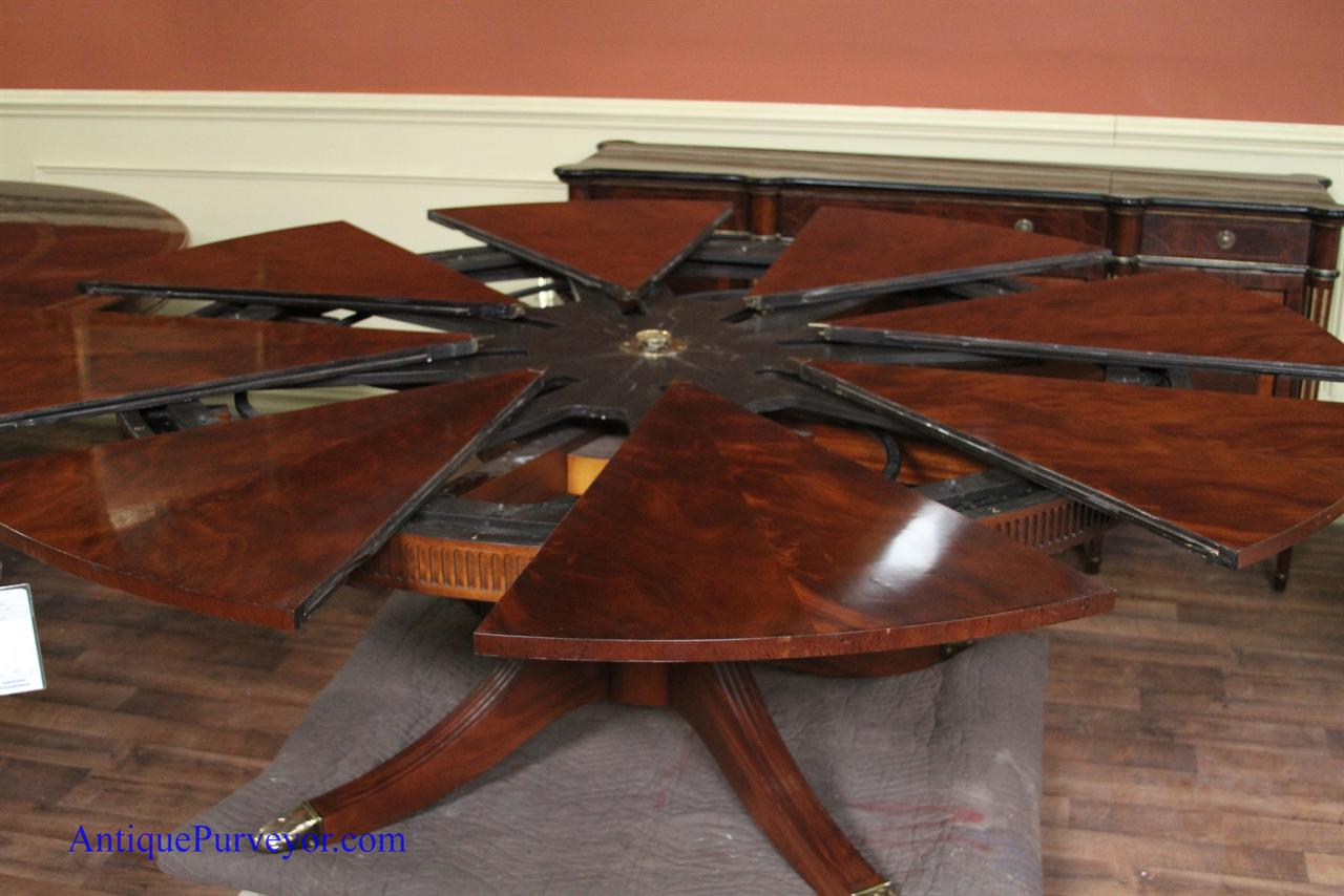Pre Owned Baker Table | Stately Homes Collection By Baker Furniture