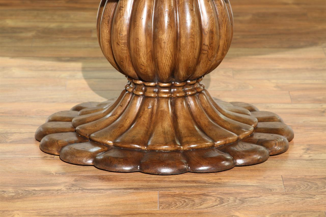 Oak Pedestal Table ~ Round oak pedestal table for kitchen or dining room
