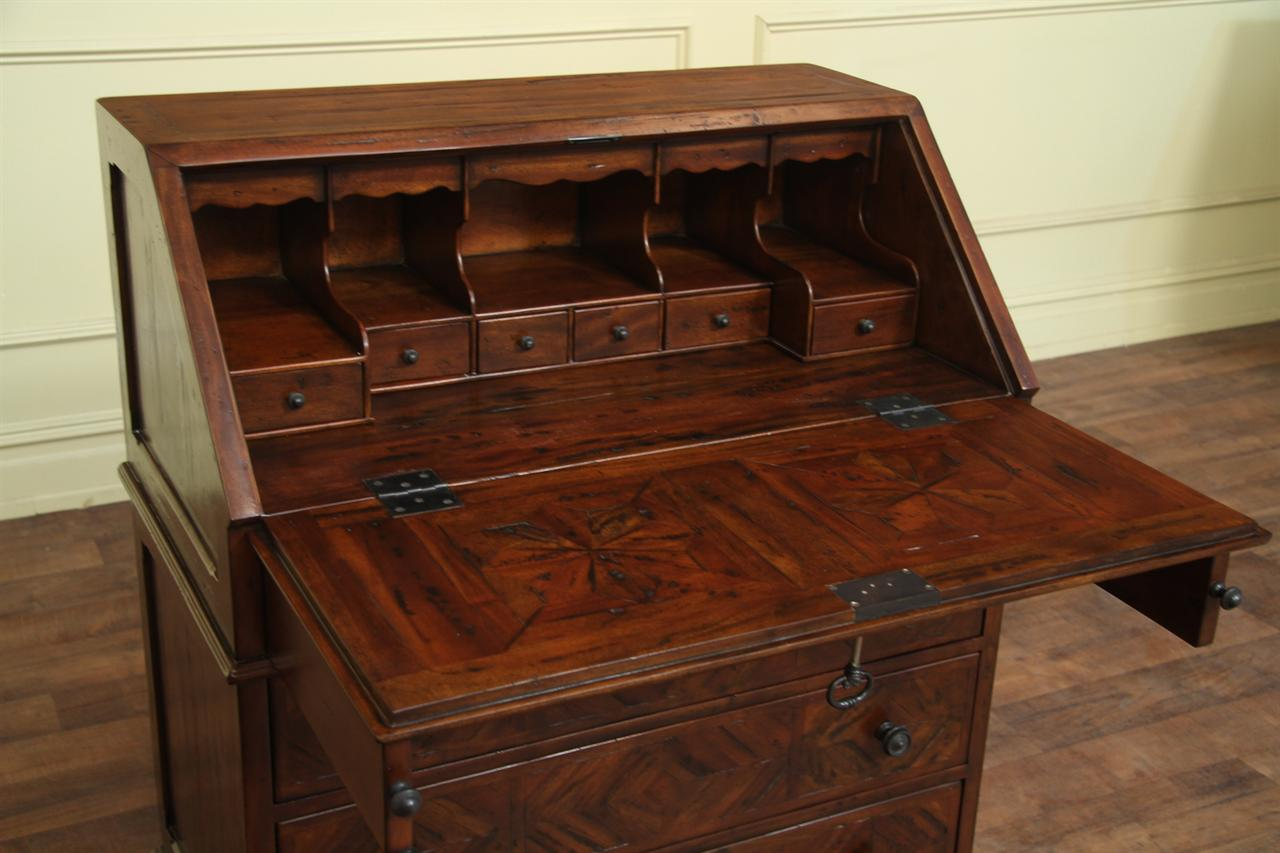 Antiqued Wood Slant Desk With Interior Drawers And Pigeon