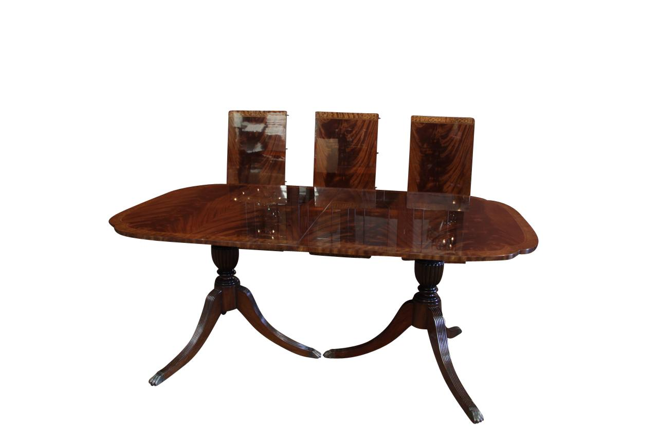 Duncan Phyfe Scallop Corner Double Pedestal Dining Table: corner dining table