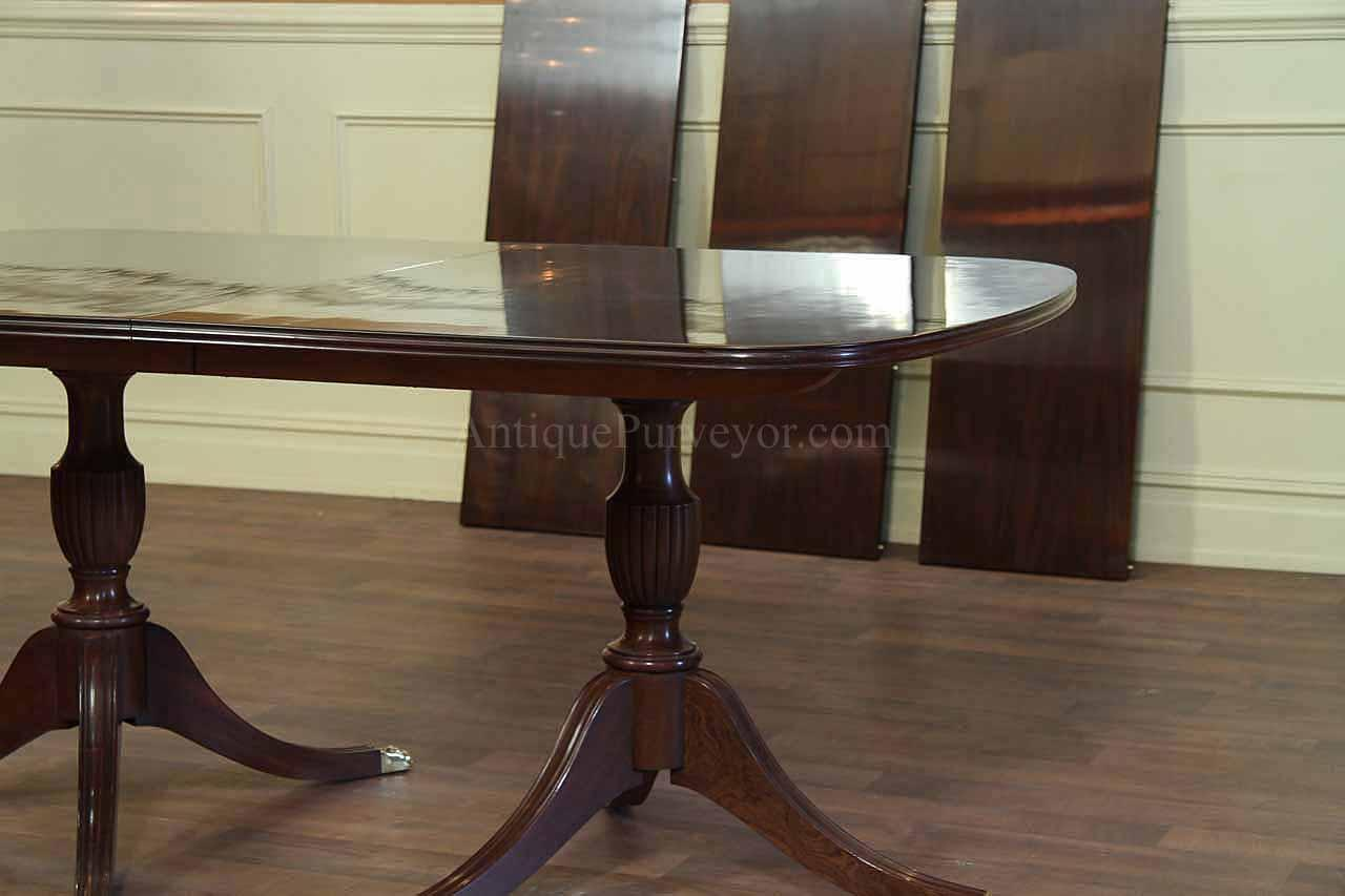 New Solid Mahogany Dining Table with Formal Polished  : solid mahogany dining table with formal polished finish 10652 from www.ebay.com size 1280 x 853 jpeg 65kB