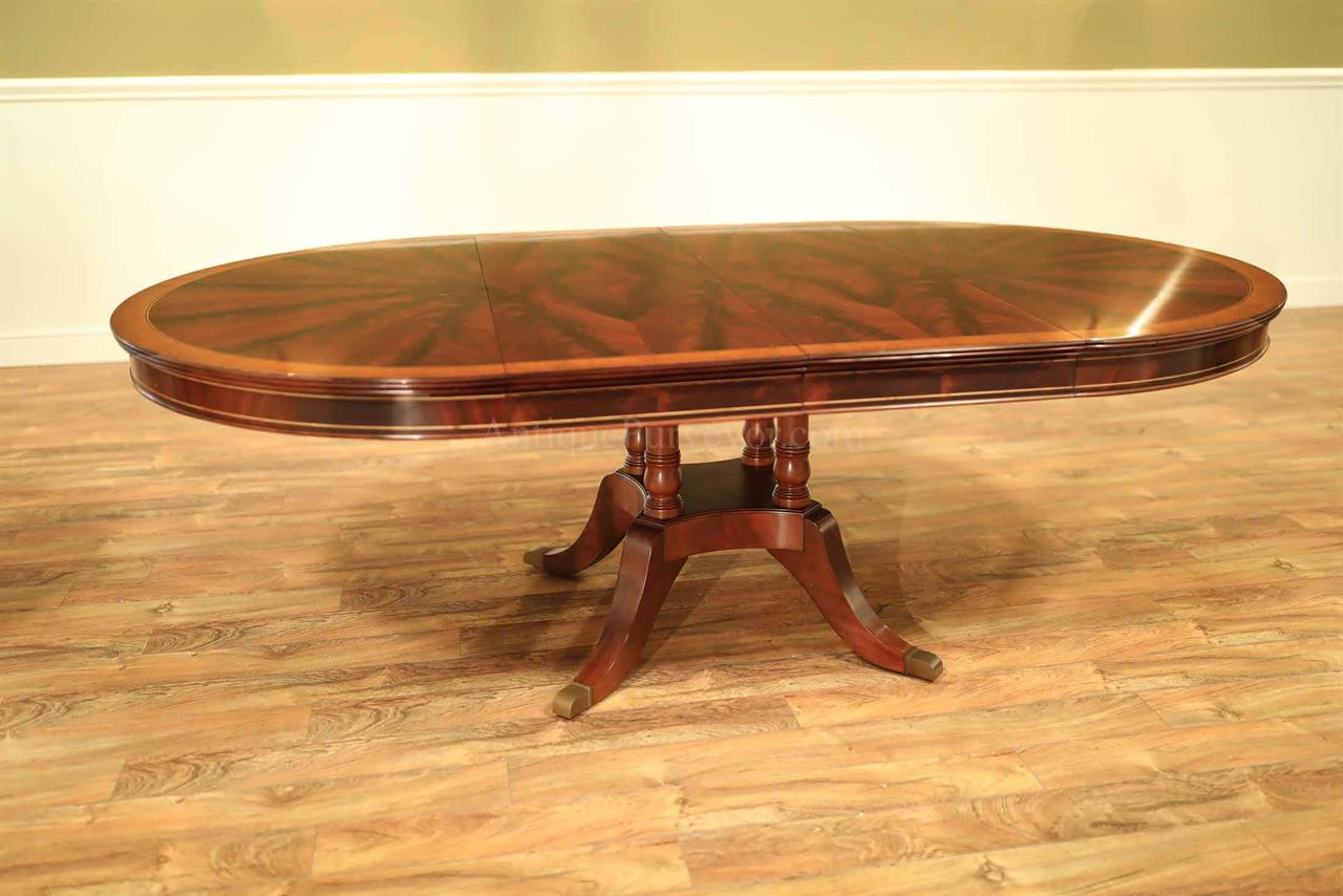 Traditional Round Mahogany Dining Table With Leaves, Seats 4 To 8 People